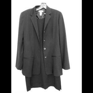 Stylish Women's black shift dress and jacket